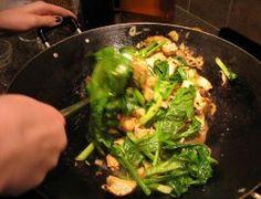 Stir Fry Technique: Ten Steps to Better Wok Cookery  http://www.tigersandstrawberries.com/2006/01/16/stir-fry-technique-ten-steps-to-better-wok-cookery/