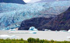 On instagram by manuelcangrejo #landscape #contratahotel (o) http://ift.tt/1WBiYIR el #paisaje del día es bueno ponerse una buena bufanda un gorro y (si tienes las manos frías) unos guantes térmicos. Nos vamos al glaciar Mendenhall en Alaska! Foto hecha por Bárbara.