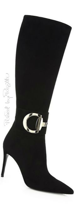 Regilla ⚜ Una Fiorentina in California Sexy Boots, Tall Boots, Pretty Shoes, Beautiful Shoes, Wedding Boots, Dior, Designer Boots, Fashion Boots, Me Too Shoes