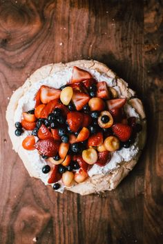 Happyolks | Lavender Berry Pavlova