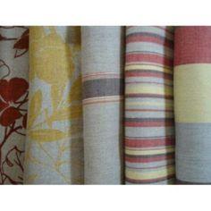 Linho estampado: tecido nobre muito usado em blusas e vestidos com corte de alfaiataria.