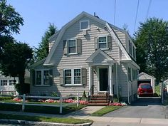 A Closer Look at American Bungalow Styles | Dutch colonial, Gambrel ...