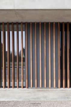 Facade_Afrormosia_Domino Deliver wandering a career to date, … - Eingang House Cladding, Timber Cladding, Exterior Cladding, Timber Screens, Timber Slats, Facade Design, Exterior Design, House Design, Timber Architecture