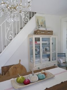 Tour a charming cottage full of ideas for decorating your home. Lots of vintage items and styles include French farmhouse, shabby chic, romantic and cottage. French Cottage, French Farmhouse, Cottage Style, Farmhouse Style, White Cottage, Rustic Farmhouse, Country Style, French Country, Shanty Chic