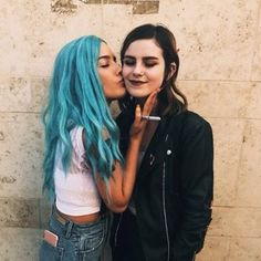 Hairy emo lesbians