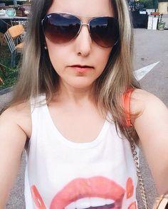 "21 mentions J'aime, 5 commentaires - 🎀Blogueira🎀 (@lena__gomes) sur Instagram: ""Bom dia ! #likephoto #like4like #liker #likeforlike #instafoto #inspired #serfeliz #selfietime…"" Selfie Time, Sunglasses Women, Like4like, Inspired, Inspiration, Instagram, Fashion, Bom Dia, Being Happy"