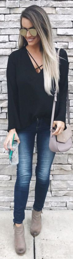 stylish spring outfits /  Black Knit / Bleached Skinny Jeans / Grey Booties