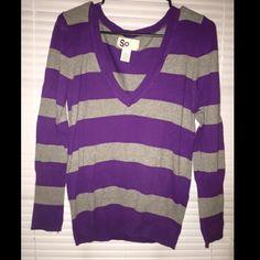 SO sweater V Neck Size XL Juniors. V neck sweater  perfect condition SO Sweaters V-Necks
