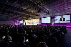 Die mobile Infrastruktur für den #'Mobile #World #Congress' kommt vom Spezialisten für mobile Messe- und Eventhallen, De Boer. In Barcelona baut De Boer u.a. Messe- und Ausstellungsflächen, Kongress- und Vortragsflächen, Büros, Meeting- und Konferenzräume.