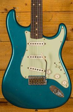 Fender Stratocaster, Fender Guitars, Acoustic Guitars, Lake Placid Blue, Fender Bender, Fender Custom Shop, Guitar Shop, Vintage Guitars, Bass