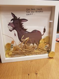 Gold donkeys money gift- Goldesel Geldgeschenk Gold donkey money gift Gold donkey money gift The post gold donkey money gift appeared first on wedding gift ideas. Birthday Gifts For Bestfriends, Birthday Gifts For Kids, Diy Birthday, Birthday Presents, Birthday Cards, Diy Gifts For Kids, Presents For Kids, Diy Presents, Kids Diy
