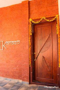 48 Ideas for exterior wall art entryway Main Entrance Door, Entrance Design, House Entrance, Apartment Entrance, House Doors, Modern Entryway, Entryway Wall, Entryway Ideas, Door Ideas