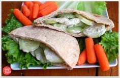 Easy and delicious diet friendly Cucumber Pita, seasoned with dill and TABASCO Lunch Snacks, Healthy Snacks, Healthy Eating, Healthy Recipes, Lunch Box, Good Food, Yummy Food, The Best, Clean Eating