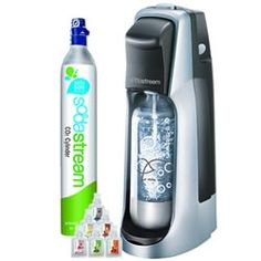Okay, I love the SodaStream!   Looking for some Excellent syrup recipes to make at home? Especially cola!