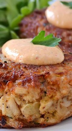 Maryland Crab Cakes with Horseradish-Sriracha Remoulade ~ These crab cakes use hardly any filler for the best crab flavor, are seasoned with Old Bay, and are topped with a delicious Horseradish-Srirac (Crab Cake Recipes) Fish Dishes, Seafood Dishes, Fish And Seafood, Seafood Recipes, Cooking Recipes, Seafood Platter, Vegetarian Recipes, Bonefish Grill Recipes, Tilapia Recipes