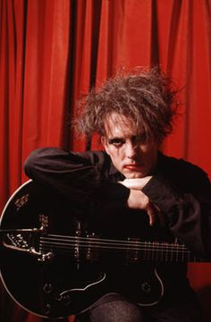 Robert Smith. The Cure.