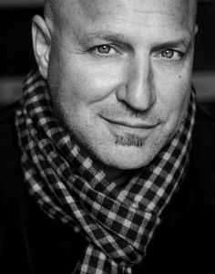 Tom Colicchio-Love him, Top Chef, and Craftsteak! Chefs, Beautiful Men, Beautiful People, Jai Faim, Bald Men, People Of Interest, Interesting Faces, My Guy, Pretty Boys