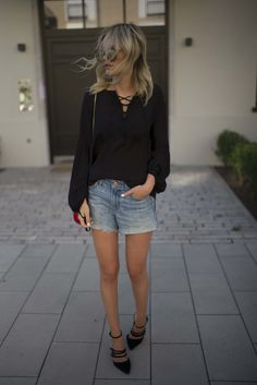 Details on www.lisarvd.com Gina Tricot Laced up Shirt, JBrand Denim Shorts, Zara Strappy Heels, Chloé Drew Bag #lisarvd