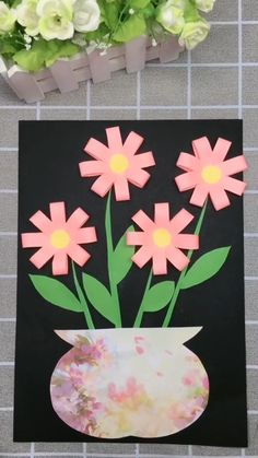 DIY Paper Flower Picture A simple tutorial to show you how to DIY a flower picture by using paper. Paper Crafts For Kids, Diy Arts And Crafts, Preschool Crafts, Egg Crafts, Easter Crafts Kids, Wood Crafts, Flower Crafts Kids, Spring Arts And Crafts, Bunny Crafts