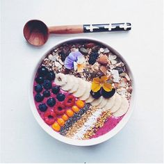 ...bananas, black currants, blueberries, acai, and Greek yogurt... muesli, sliced bananas, chia seeds, berries, flaxseeds, coconut, and honey or bee pollen. STOP. | Recipe right this way...