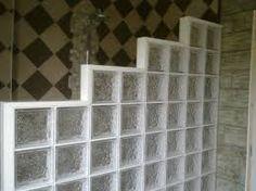 """Résultat de recherche d'images pour """"douche à l'italienne avec paroi brique de verre"""""""