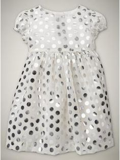i want baby clothes to be in my size way too often!