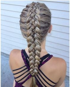 peinados trenzas pelo largo cocida