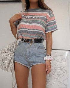 Hoping for a summer of shorts, if nothing else By: Girls Fashion Clothes, Teen Fashion Outfits, Retro Outfits, Look Fashion, Outfits For Teens, Girl Outfits, Short Girl Fashion, Woman Fashion, Fashion Beauty