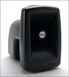 Sistema Mega Vox Pro  Ligero, fuerte y fácil de transportar.  126 dB de potencia clara.  Botón alerta y entrada que permite conexión en linea.altavoz