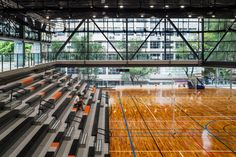 Sao Luis Sports and Arts Gymnasium Urdi Arquitectura © Nelson Kon Gymnasium Architecture, Cultural Architecture, School Architecture, Architecture Design, Indoor Gym, Sports Complex, School Building, National Portrait Gallery, Sports Art