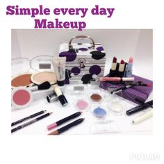The every day makeup mini set includes:  1 concealer, 1 ultralight foundation powder, 1 bright bronzer compact dust, 1 liquid oil-free foundation, 1 blush, 1 ultrahydration lip balm, 2 natural lipstick, 2 lip contour pencil, 4 basic eye shadows, 2 eye shadows in pencil, 2 mascaras: 1 for length and 1 for more volume, 2 eye pencils. + (not shown in this pic) 3 nail polish FRENCH MANICURE