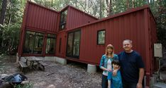 Shipping container turned into family home: building blocks in Redwoods