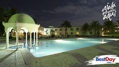 Aldea del Bazar Spa es un hotel ubicado a unas calles de playa Bachoco, de 47 habitaciones en Puerto Escondido. Es una propiedad con arquitectura estilo árabe y decoración Morisca con una majestuosa vista al Océano Pacífico, ya que está situado en un risco. Tiene 47 frescas habitaciones, spa, centros de consumo y piscina al aire libre. #OjalaEstuvierasAqui