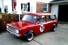 Mini Stance - Page 135 - Styling John Cooper Works, Classic Mini, Vans Classic, Old Vintage Cars, Minis, Mini Clubman, Car Mods, Weird Cars, Mini Trucks