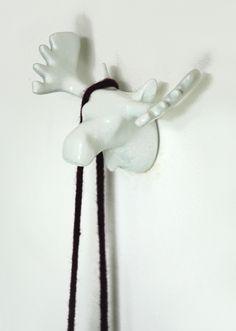 Moose | wall hook | white  #thezoo #zoo #capventure #dutchdesign #product #JorineOosterhoff #wallhook #Moose