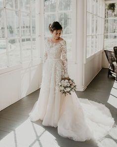 Affordable Long Sleeve Wedding Dress Ideas For Winter Long Sleeve Wedding, Long Wedding Dresses, Designer Wedding Dresses, Bridal Dresses, Long Sleave Wedding Dress, Mormon Wedding Dresses, Dresses Dresses, Elegant Dresses, Party Dresses