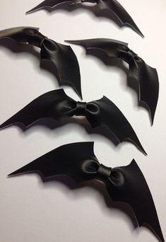 bat bows!