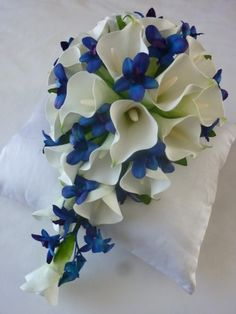 Calla Elegance Teardrop - So pretty! Needs more colors, though. What are the blue flowers?