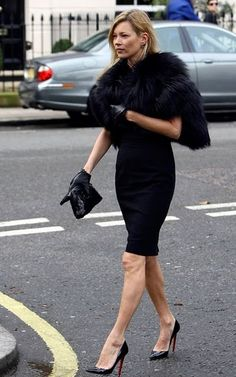 Powerful elegance. Kate moss. black fur and pencil black dress