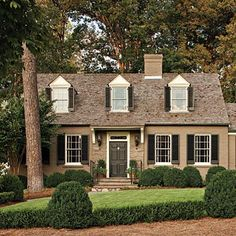 1000 Ideas About Brown Brick Houses On Pinterest Brick House Colors Shutter Colors And Brick