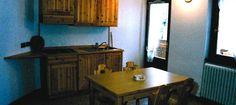 kuchyňský kout Corner Desk, Furniture, Home Decor, Homemade Home Decor, Decoration Home, Home Furniture, Home Decoration