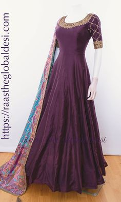 Indian Fashion Dresses, Indian Gowns Dresses, Dress Indian Style, Indian Designer Outfits, Indian Outfits, Indian Wear, Fashion Outfits, Long Dress Design, Stylish Dress Designs