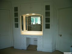 Built in Dressing Table With Lights 2
