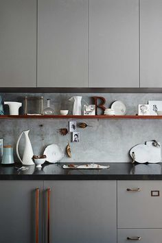 10 Robust ideas: Minimalist Kitchen Small Sinks minimalist interior house home office.Minimalist Home Kitchen Layout minimalist interior decor low beds. Kitchen On A Budget, New Kitchen, Kitchen Dining, Kitchen Decor, Kitchen Grey, Kitchen Ideas, Budget Bathroom, Awesome Kitchen, Design Kitchen