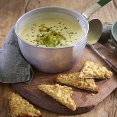 CAWL CENNIN (Welsh leek soup) with quick Welsh Rarebit, a delicious recipe from the new M&S app. Omit cream & use boiled & blended potatoes or rice to thicken soup. Maybe not as rich  but still quite tasty.