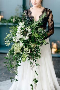 Green And White Bouquet Wedding Bouquets Bride Dresses