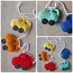 Guirnalda de autos - Niños y Bebés - Tejidos de Punto - 513458 Crochet Car, Crochet Bunting, Crochet Garland, Diy Crafts Crochet, Crochet Birds, Crochet Decoration, Crochet For Kids, Crochet Dolls, Yarn Crafts