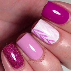 Image via We Heart It #fashion #girl #glitter #lila #love #nails #pink #rosa