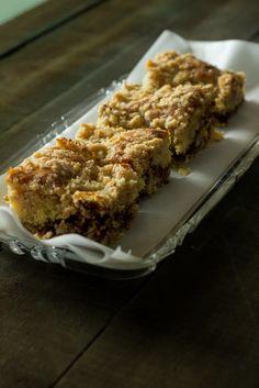 Kahvikakku uunipellillä - Sweet Food O´Mine Sweet Recipes, Cake Recipes, Decadent Cakes, Good Food, Fun Food, Beautiful Cakes, Yummy Cakes, Chocolate Cake, Banana Bread