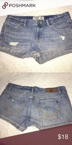 Vs pink sz 8 shorts Vs pink sz 8 shorts good condition PINK Victoria's Secret Shorts